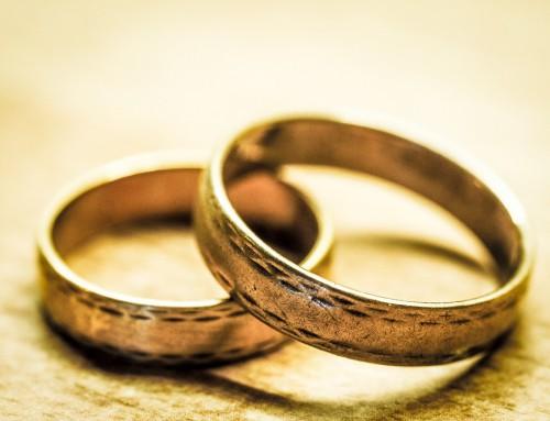 Expert wedding tips